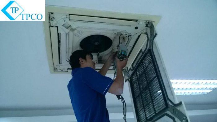 sửa máy lạnh tại thuận an bình dương - dienlanhtyphaco.com 1
